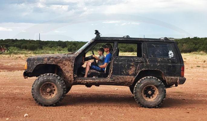 mudding jeep