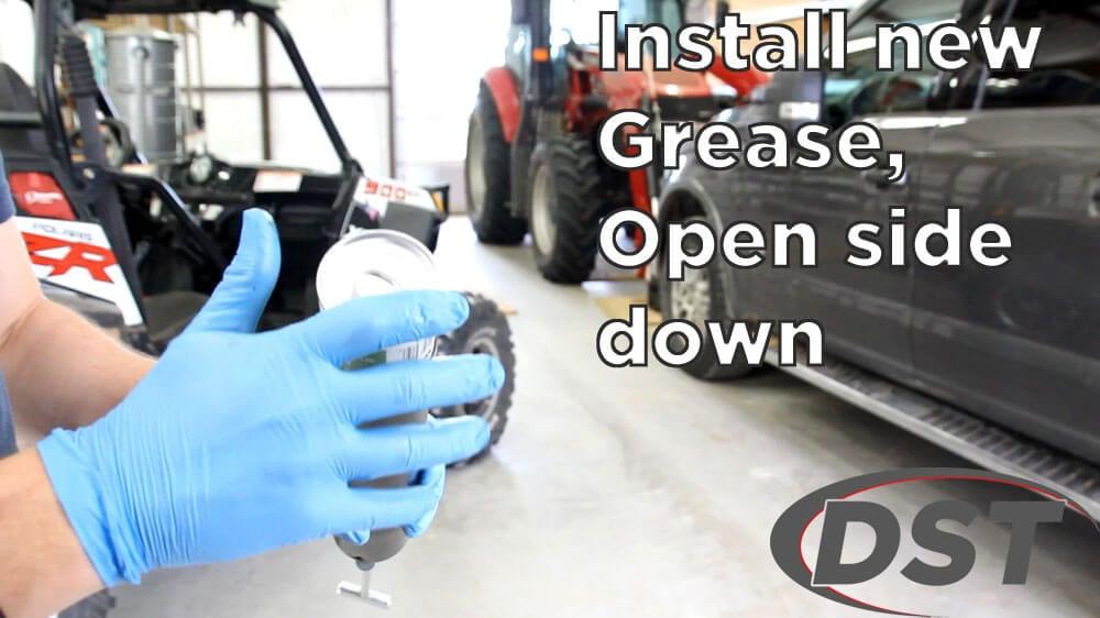 loading a grease gun step 5