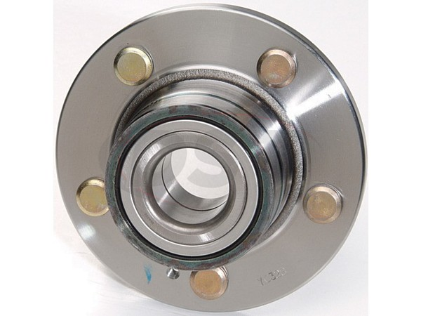 moog-512197 Rear Wheel Bearing and Hub Assembly - FWD models