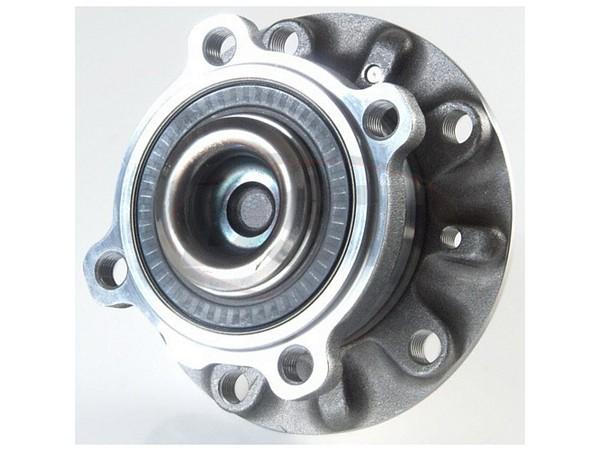 MOOG-513209 Front Wheel Bearing and Hub Assembly
