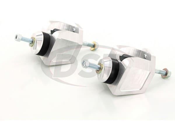 Motor Mounts - V8